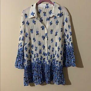 Fashion Bug Blue & White Floral Accordion Top